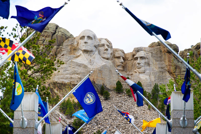 Road Trip to Mount Rushmore - Family Travel