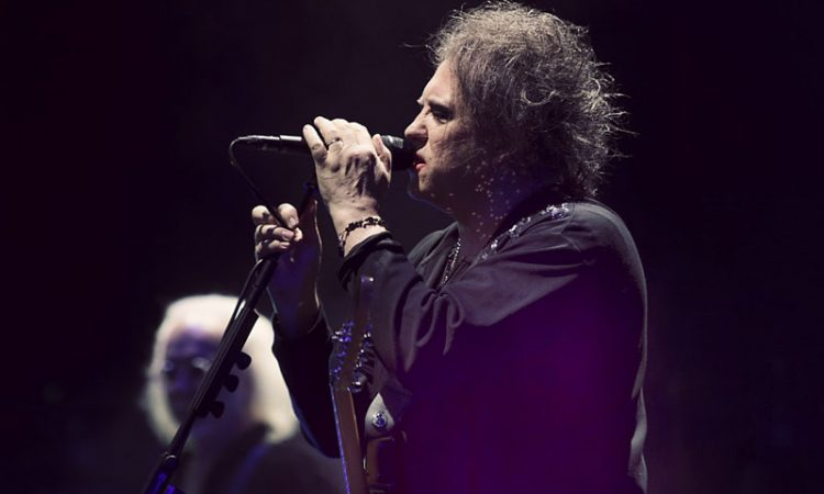 The Cure performs at Denver's Fiddler's Green in 2016
