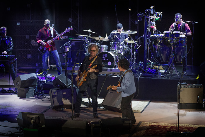 Hall & Oates perform at Denver's Red Rocks Ampitheater, 2016