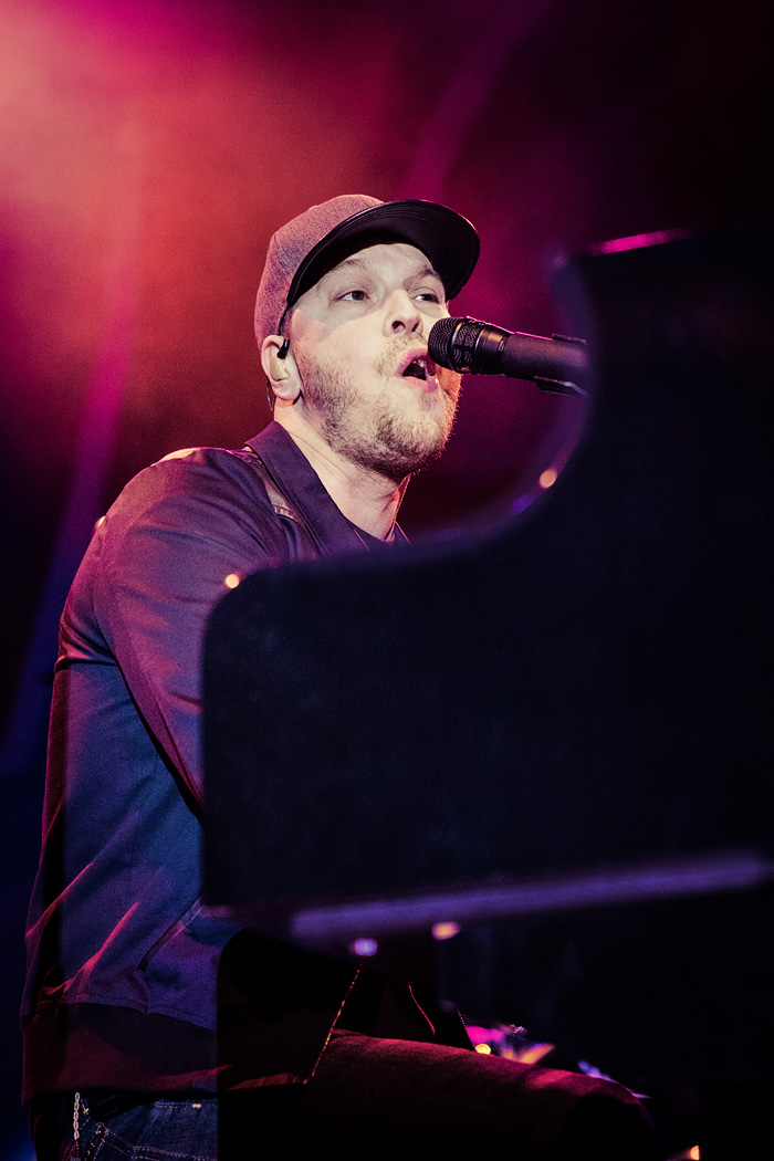 Alice In Winterland Denver 2016 featuring Fitz & The Tantrums and Gavin DeGraw