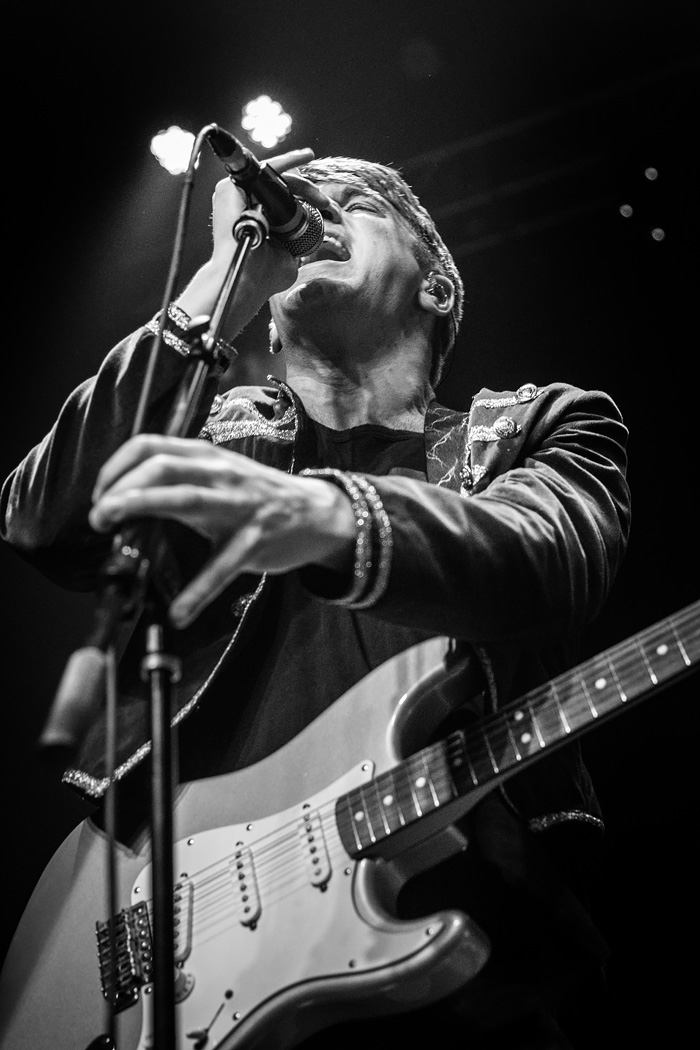 Concert Photos: Dashboard Confessional & Vinyl Theatre at Summit Denver