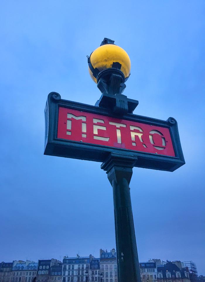 24 Hours in Paris - Metro Sign