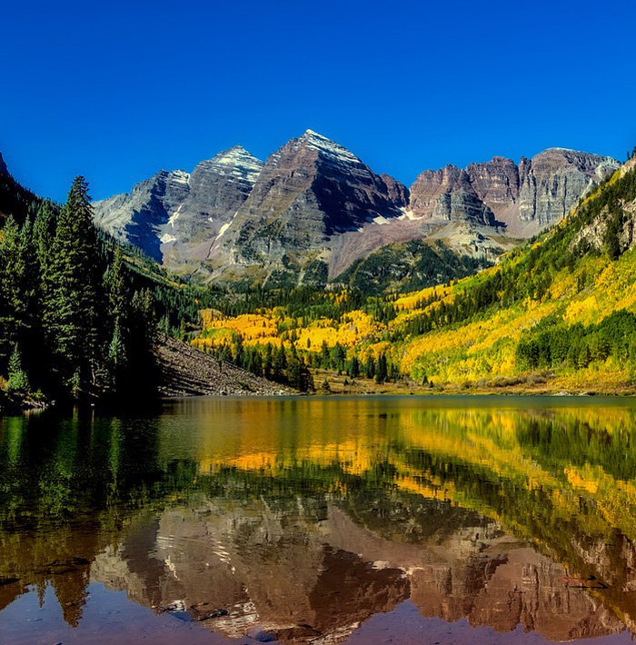 Maroon Bells - Colorado Travel Bloggers