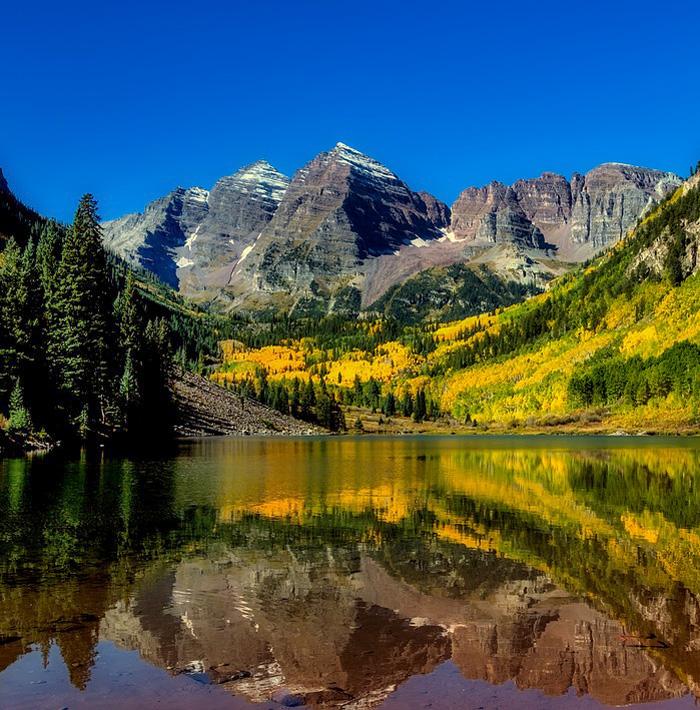 Maroon Bells - Colorado Travel Bloggers