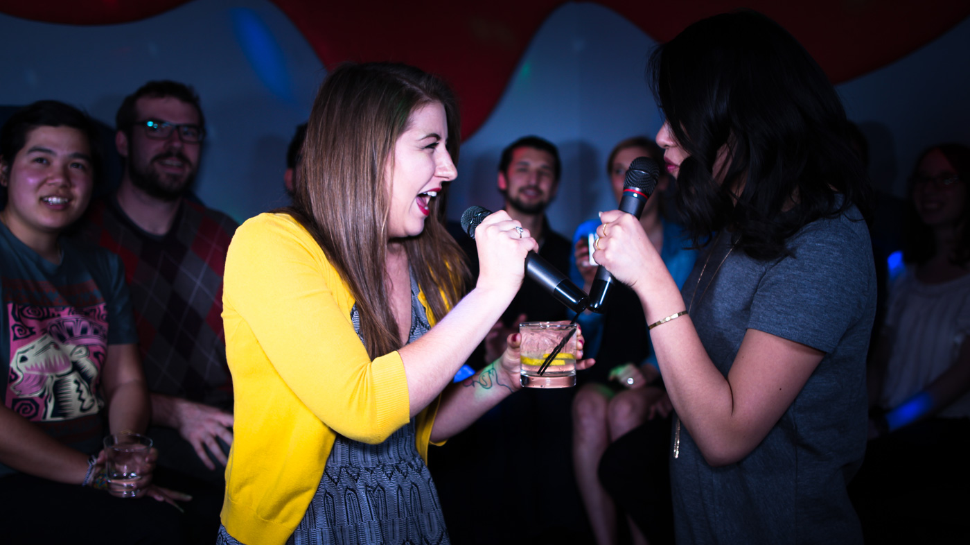 Karaoke Tips - Feel Comfortable Singing Your Heart Out #karaoke #singing #karaokeparty #karaokesongs