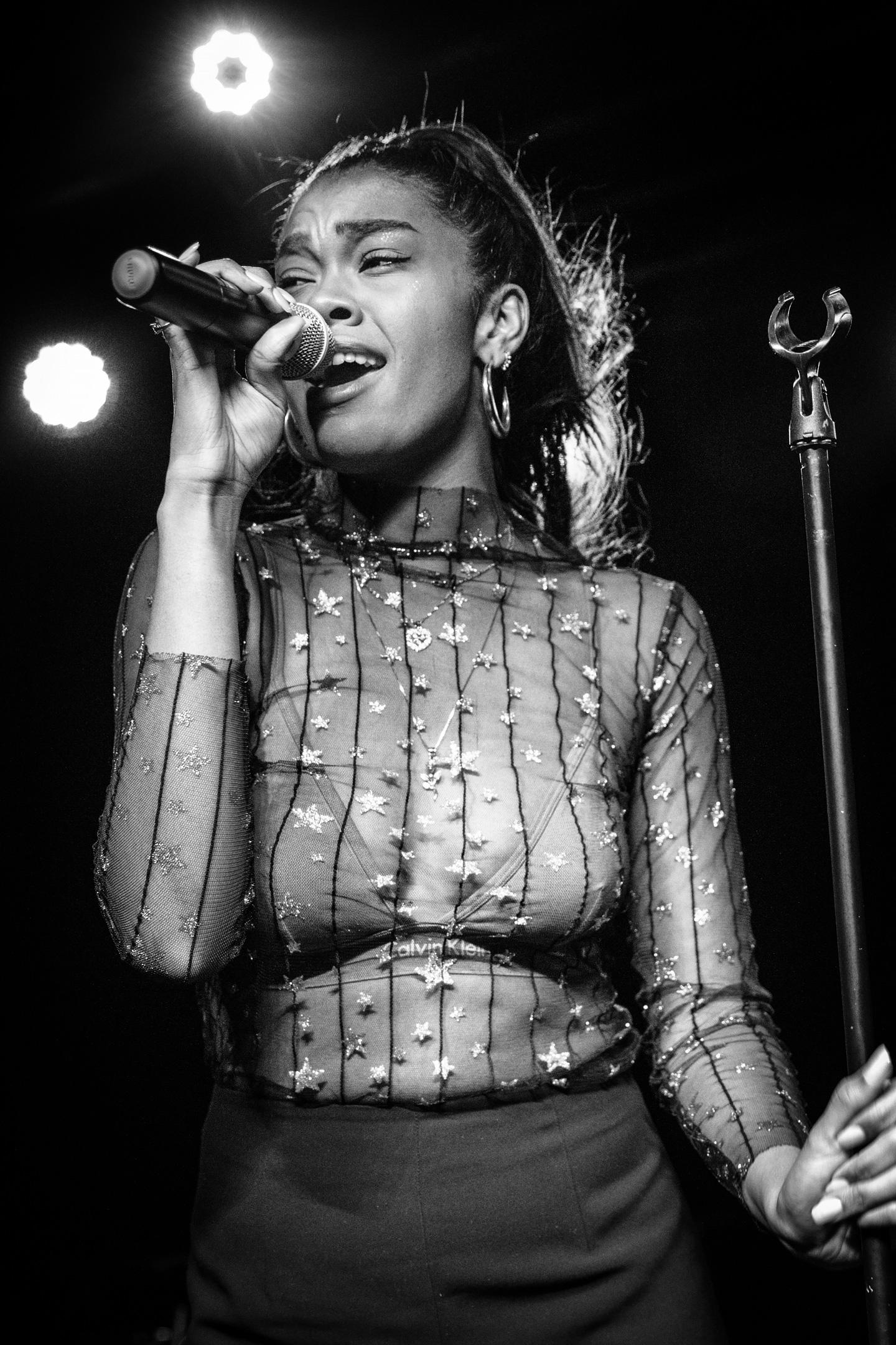 Amber Mark - Concert Photos Denver