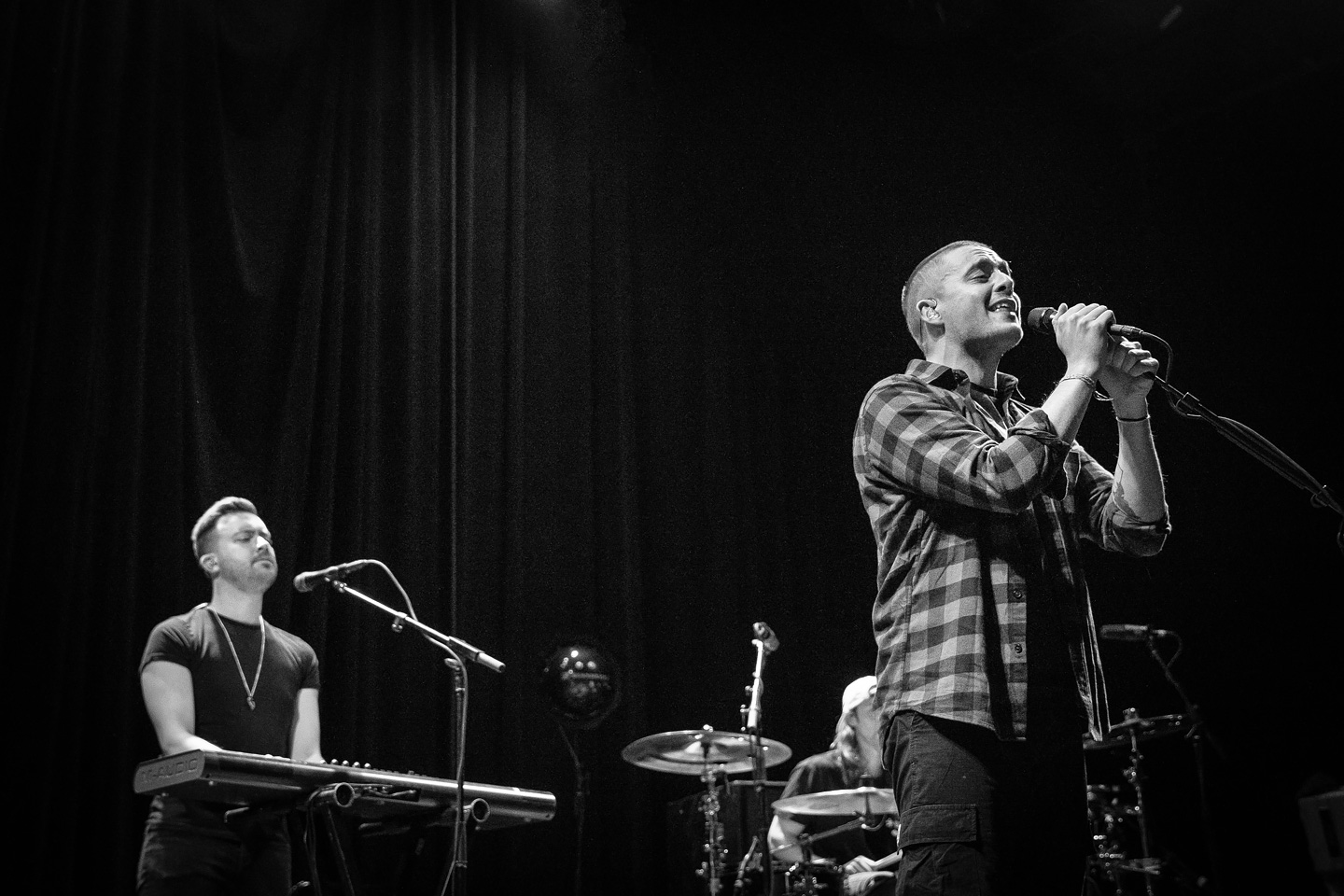Dermot Kennedy and The O'My's at Summit Music Hall - Denver Concert Photos