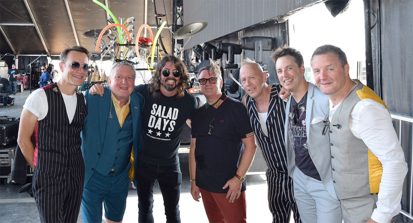 Dave Grohl of the Foo Fighters joined Squeeze at Bourbon & Beyond festival in Louisville, KY 2019
